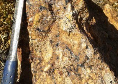 Oxidized outcrops
